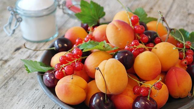 צבעוני וטרי: קינוחי פירות מומלצים לכל אירוע